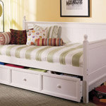 Fashion Bed Group Casey Daybed