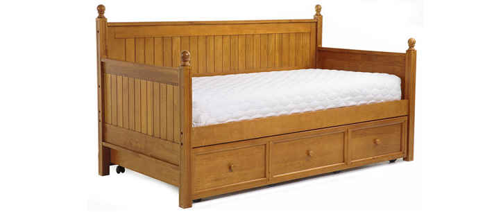 Fashion Bed Group Casey Daybed Honey Maple