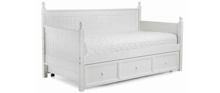 Fashion Bed Group Casey daybed white