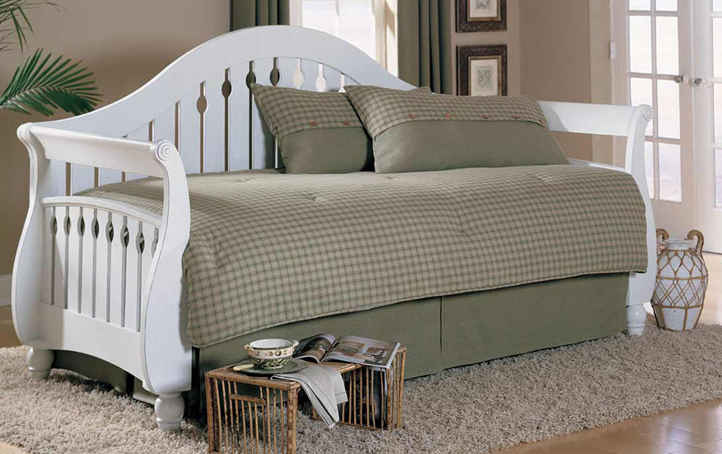Leggett And Platt Fashion Bed Group Fraser Frost Daybed With Link Spring Pop Up